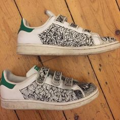 154b33592a9026 adidas stan smith customised with graffiti style   doodle pendrawing