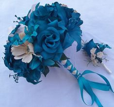 best ideas for wedding bouquets lillies groom boutonniere Bridesmaid Flowers, Bride Bouquets, Bridesmaids, Wedding Colors, Wedding Flowers, Wedding Dresses, Green Wedding, Teal Blue Weddings, Groomsmen Boutonniere