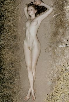 """ampersand-et:  lily cole in """"lily"""" by juergen teller for paradis #3 aw07."""
