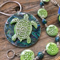 These fun turtle stamps make the cutest images on polymer clay. The Deco Disc works great to texture and stamp polymer clay. Great for all polymer clay projects, art jewelry, mixed-media, and even with gel printing plates for unique designs. An image is etched into the disc and you can reveal it by pressing and releasing your sheet of clay. The backs of these acrylic discs are flat and shiny- they make a perfect tool for reducing canes without waste! These discs make it easy to stamp all the det Polymer Clay Fish, Polymer Clay Tools, Polymer Clay Animals, Polymer Clay Pendant, Polymer Clay Projects, Polymer Clay Jewelry, Clay Art Projects, Polymer Clay Creations, Sculpture Clay
