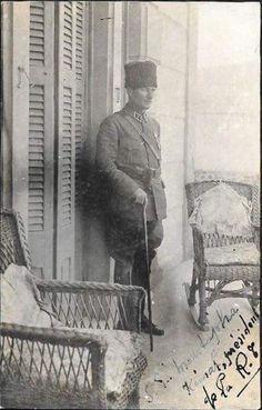 """Atatürk: """"Moskova'daki, Kalinin midir, Stalin midir, ne Allah'ın belası ise, o herife söyleyin, biz Türkler asırlarca Rusya'nın göbeğinde kımız içmiş bir milletiz. Gerekirse yine içmesini biliriz.""""  Dibçe: ↑ Prof. Dr. Hikmet Tanyu, Atatürk ve Türk Milliyetçiliği, sayfa 173"""