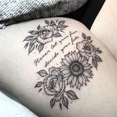 Best Simple Thigh Tattoos - Best Thigh Tattoos For Women: Cute Leg Tattoos on Up., Simple Thigh Tattoos - Best Thigh Tattoos For Women: Cute Leg Tattoos on Up. Front Thigh Tattoos, Tattoos For Women On Thigh, Upper Thigh Tattoos, Flower Thigh Tattoos, Best Tattoos For Women, Trendy Tattoos, Cute Tattoos, Back Thigh Tattoo, Back Tattoo Women Upper