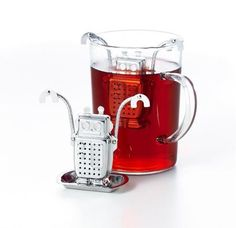 Drowning Robot Novelty 1 Cup Tea Infuser + Stand S/S: Amazon.co.uk: Kitchen & Home