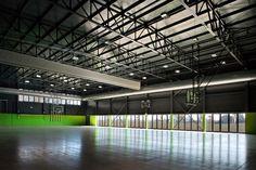 Temporary School Gymnasium / MIDE architetti  + Paolo Didonè