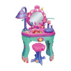Pretty sure I needed to have this toy as a kid. Definetly fun to put in a kids corner in an actual salon.
