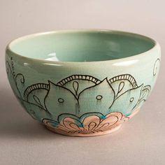 large ceramic bowl mehendi bowl ceramic pottery bowl Ceramic Pottery, Pottery Bowls, Ceramic Bowls, Color Me Mine, Pottery Designs, Pottery Ideas, Paint Your Own Pottery, Diy Mugs, Sgraffito