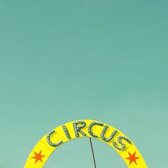 Creative Circus, Bumbumbum, -, Art, and Design image ideas & inspiration on Designspiration Andy Warhol, Clowns, Dibujos Cute, Circus Theme, Circus Circus, Vintage Circus, Mellow Yellow, Neon Yellow, Vintage Signs