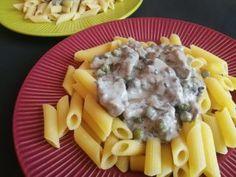 Egy kis gomba, egy kis borsó, hozzá sovány csirkemell és készülhet a zöldséges csirkemell ragu Macaroni And Cheese, Ethnic Recipes, Food, Mac And Cheese, Essen, Meals, Yemek, Eten
