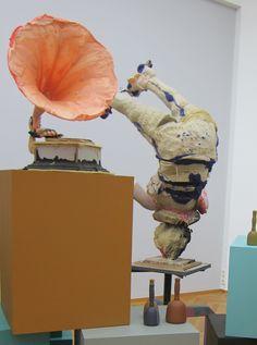 Folkert de Jong, Ancestral Time 3, 2013, Polyurethane foam, wood, metal, plastic and spray paint, 50 x 50 x 140 cm, Courtesy Galerie Dukan