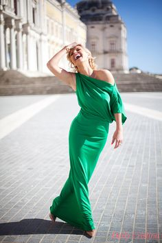 Mafra, Portugal#Portuguese TV Host & Fashion Lover My daily life is here. Welcome! https://www.facebook.com/Daily.Cristina.blog
