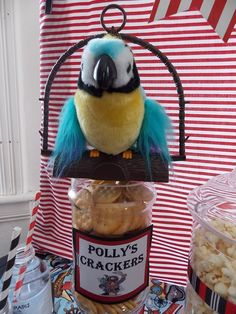 Polly's crackers at a Pirate Party #pirateparty #pollycracker