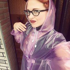 Plasmac is a contraction of plastic mac : Photo Pink Raincoat, Plastic Raincoat, Plastic Pants, Selfies, Imper Pvc, Transparent Raincoat, Plastic Mac, Rain Suit, Hooded Cloak