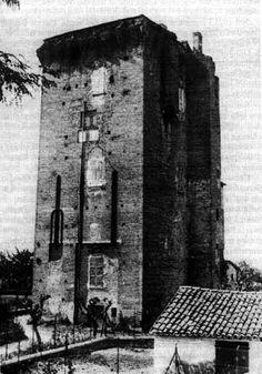 Torre di S. Giorgio (1923, foto di F. Dell'Amore). Ultima susperstite del castello malatestiano, distrutta nel 1944.