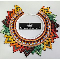 Resultado de imagen para collares embera chami Collar Necklace, Beaded Necklace, Necklaces, Beaded Embroidery, Diy And Crafts, Crochet Earrings, Beads, Beautiful, Jewelry