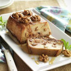 Deléitate con este pudin de nueces que se deshace en la boca... Sweet Recipes, Cake Recipes, Dessert Recipes, No Bake Desserts, Delicious Desserts, Mousse, Flan Recipe, Pudding, Cakes And More