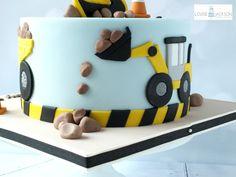 Diggers - cake by Louise Jackson Cake Design - CakesDecor Crazy Birthday Cakes, Truck Birthday Cakes, Truck Cakes, 2nd Birthday, Digger Birthday Cake, Digger Cake, Excavator Cake, Bob The Builder Cake, Farm Cake