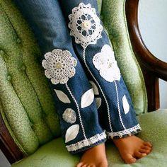lovely idea for repurposing doilies!