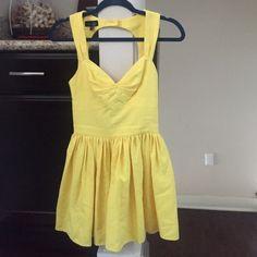 Yellow dress size 2 Topshop Bright yellow dress Topshop size 2 Topshop Dresses Mini