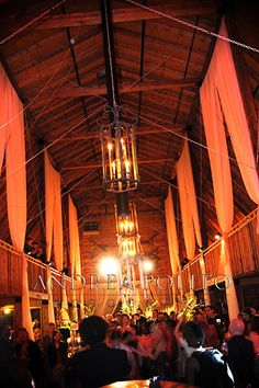 Andrea Polito Photography // The Barn at Pratt Place Inn in Fayetteville // J. Bailey Occassions
