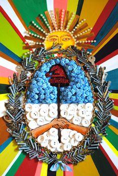 Elisa Insua - Juremos Con Gloria Morir  -Técnica Mixta sobre cartón; 47 x 32 cm; 2012