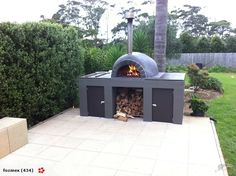 An outdoor kitchen can be an addition to your home and backyard that can completely change your style of living and entertaining. Earlier, barbecues temporarily set up, formed the extent of culinary attempts, but now cooking outdoors has become an. Outdoor Bbq Kitchen, Patio Kitchen, Outdoor Cooking, Outdoor Kitchens, Pizza Oven Outside, Pizza Oven Outdoor, Outdoor Fire, Outdoor Living, Pizza Oven Fireplace