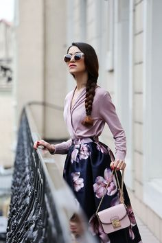 Tina Sizonova: Contemporary Designer Retro Circle Super Half Frame Flat Bar Sunglasses 8525