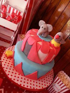 Cake Circo by Las Valiñas Patisserie