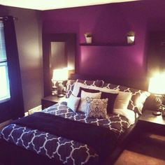LOVE The Dark Purple Wall! U003d) Would Be Cute In My Master Bed Room!