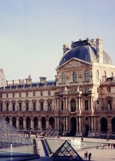 Le Louvre, the most magnificent place I have ever seen in my life.