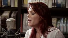Beth Hart @ Paste Studios - Picture In A Frame #FireOnTheFloor
