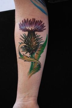 Ty McEwen - Thistle flower tattoo, I want a bird of paradise for our sister tats Scottish Thistle Tattoo, Scottish Tattoos, Tulip Tattoo, Orchid Tattoo, Tattoo Pain, Bee Tattoo, Tattoo Forearm, Clover Tattoos, Leaf Tattoos