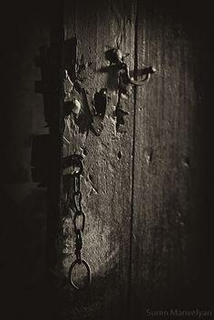 Suren Manvelyan Old Armenian Doors ...