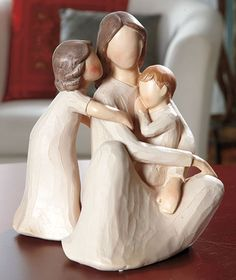 Family Figurines make thoughtful gifts, especially for a wedding or the birth of a child. Using only body positioning and hand placement, these figurines Family Sculpture, Willow Tree Angels, Willow Tree Figurines, Collectible Figurines, Mother And Child, Thoughtful Gifts, Garden Sculpture, Personalized Gifts, Carved Wood