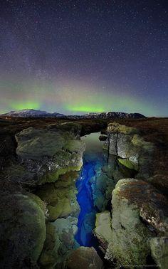 (Pingvellir Iceland aurora borealis