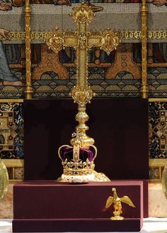 St Edward's Crown on the altar at Westminster Abbey for the service to commemorate the 60th Anniversary of The Queen's Coronation - 4 June 2013. This is the first time the Crown has left the Tower of London since the Coronation in 1953.