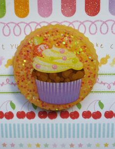 Cupcake Magnet Kitchen Magnet Fridge Magnet by SparkleKittyResin Magnets, Cupcake, Handmade Gifts, Kitchen, Desserts, Etsy, Food, Kid Craft Gifts, Tailgate Desserts