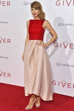 Taylor Swift and other chic ladies have made the best dressed list of 2014.