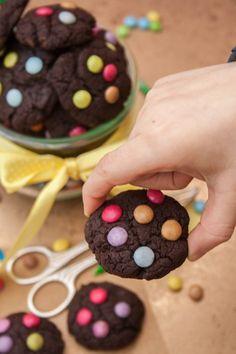 Mini Schokocookies mit Smarties