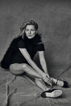 Кейт Мосс на страницах январского номера Vogue Italia