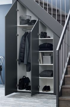 37 Attractive Hallway Under Stairs Design Ideas With Storage To Have - Many of us live in houses that have an open area underneath the stairs. This often gets used for shoes or bags or maybe, if there is enough height, fo. Staircase Storage, Stair Storage, Staircase Ideas, Home Stairs Design, Home Room Design, Stair Railing Design, Under Stairs Cupboard, Tree House Designs, House Stairs
