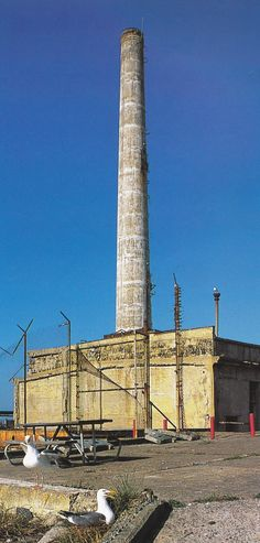 Not linked to the city's water and power supplies, Alcatraz had to be self-sufficient. The power plant was built between 1910 and 1912 and the tall smokestack at the north end of the island has since been a landmark.