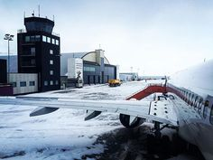 Hinrich Carstensen Photography » Norway Road Trip 2016. The airport on Svalbard. One small room for departure and arrival.