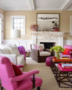 Bright and Bubbly In the Hamptons...grass cloth and wainscot in the rear family room - yes! Hamptons House, Coastal Decor, Coastal Homes, Coastal Living Rooms, Living Room Decor, Coastal Style, Home Interior Design, Interior Exterior, House Tours