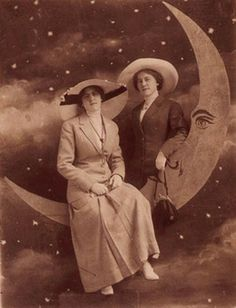 Two Ladies & a Paper Moon