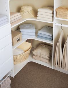 49 Creative Closet Designs Ideas For Your Home. Unique closet design ideas will definitely help you utilize your closet space appropriately. An ideal closet design is probably the only avenue . Master Closet Design, Walk In Closet Design, Master Bedroom Closet, Closet Designs, Small Master Closet, Small Walk In Closet Ideas, Attic Closet, Master Bedrooms, Simple Closet