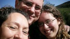 Esta foto tem um significado muito grande. Assinala o regresso definitivo a casa da minha filha emigrante e a reunião da família depois de 6 anos separados.  http://www.ruigabriel.com/
