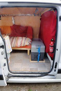 Survival camping tips Car Camper, Camper Trailers, Camping Guide, Camping Hacks, Equipement Camping Car, Van Living, Vans Girls, Van Camping, Campervan