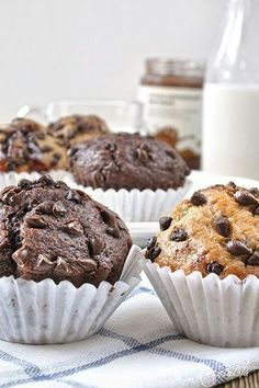 Banana Muffins with chocolate filling and chocolate drops in two flavors / Chocolate filled chocolate chip banana muffins