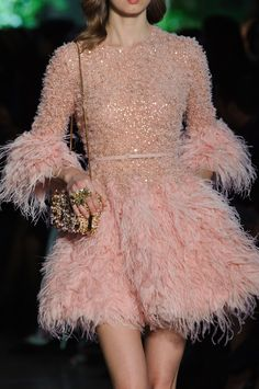 """whore-for-couture: """"mulberry-cookies: """"Elie Saab Spring 2015 Haute Couture (Details) """" """" Pink Fashion, Couture Fashion, Runway Fashion, Fashion Show, Paris Fashion, Women's Fashion, Feather Fashion, Elie Saab Spring, Ellie Saab"""