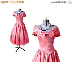 Hey, I found this really awesome Etsy listing at https://www.etsy.com/ca/listing/130669329/sale-1950s-dress-50s-dress-party-dress